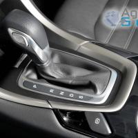 Motorista com carro automático pode ganhar CNH específica