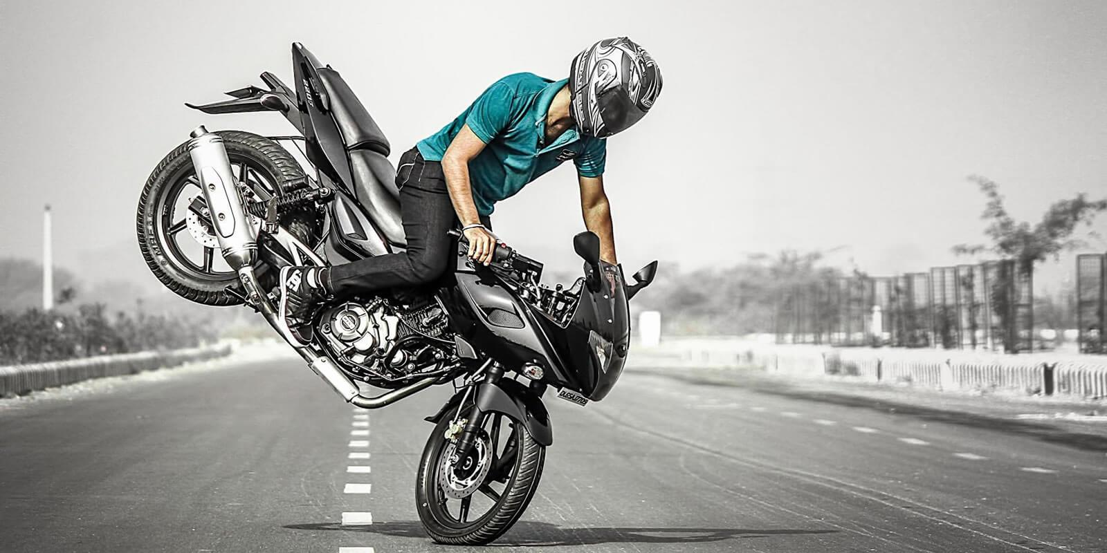 Dez infrações de moto que fazem você perder a carteira